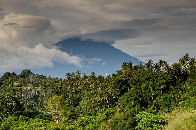 FlightHub Costa Rica Volcano